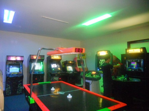 GAMIFICATION-EMPLOYEE-FUN-GAME-ROOM.jpg