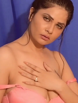 18+ Self Tease Aabha Paul Watch Online